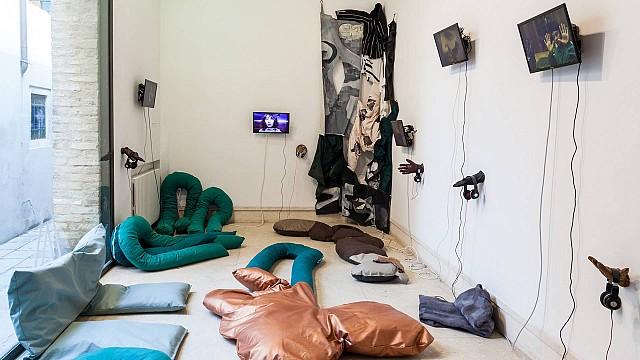 Le Goubernement, 2019 by Liv Schulman